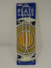 """White """"Epoxy"""" Finish Wire Plate/Platter/Tile Wall Hanger - 8.5"""" to 11"""""""