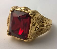 G-Filled 18ct yellow gold simulated Mens garnet ring Gents medieval axe weapon W