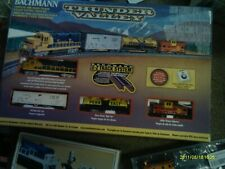 BACHMANN N SCALE THUNDER VALLEY SANTA FE FREIGHT SET W/ several N items LISTED