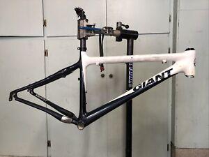 """Giant XTC Composite 17"""" Mountain Bike Frame, 26"""" Wheels, Disc/V Brakes"""