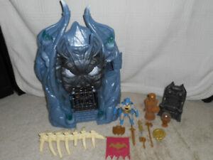 Funko DC Primal Age Batman Batcave playset loose complete bonus Batman figure