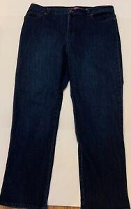 Gloria Vanderbilt Amanda Jean Sz 16P Avg blue Soft Touch Stretch Denim Women's