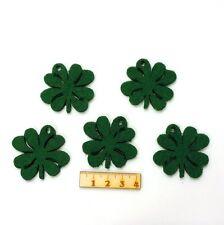 5 grüne Kleeblätter mit Loch, Glücksbringer aus Filz, Geburtstagsgeschenk 4cm