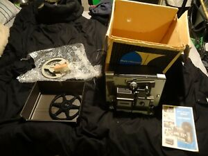 BELL AND HOWELL AUTOLOAD (8mm & Super8) Model 456XR PROJECTOR Used.