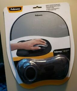 Fellowes Memory Foam Mouse Pad with Wrist Rest - Silver, Black UPC: 043859497805