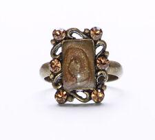 Dark Metal Oro establecimiento, con brillante marrón rectángulo Gem y diamantes anillo (zx43)