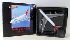 Aéronefs miniatures blancs 1:500