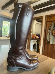 Ariat Bromont insulated H20 Boots Brown Size 8 And A Half Used Twice
