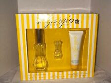 GIORGIO BEVERLY HILLS Edt Spray & Body Moisturizer 3 Pc Gift Set New