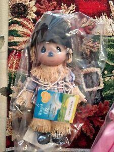 Adorable Wizard of Oz Scarecrow Precious Moments Doll New !