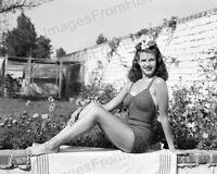 8x10 Print Rita Hayworth Sexy Leggy Cheesecake Pin Up #RHEN
