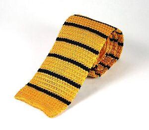 Men's Medium Striped Gold & Navy Blue Silk Knitted Tie (N997/61)