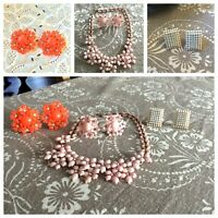 VTG 7 PC MID CENTURY LUCITE & RHINESTONES JEWELRY LOT- NECKLACE & EARRINGS