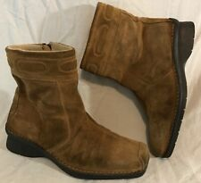 K By Clarks Brown Ankle Suede Boots Size 5.5 (343Q)