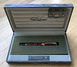 NEW PARKER DUOFOLD RED BURGUNDY MARBLE 18K NIB FOUNTAIN PEN IN BOX CASE M