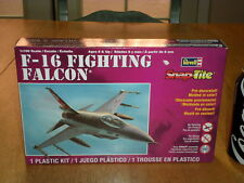 USA, F-16 FIGHTING FALCON, JET FIGHTER, SNAP TITE PLASTIC MODEL KIT, Scale 1/100