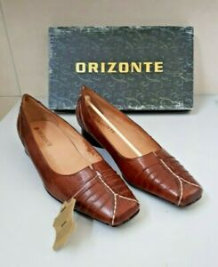 ORIZONTE  BROWN LEATHER COURT SHOES. EU 39. NEW