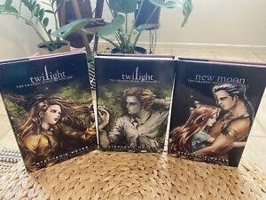 1st Edition Hardcover Twilight & New Moon The Graphic Novel Book Lot Set