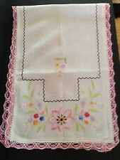 Vintage Table Runner Doilie Hand Embroidered Crochet