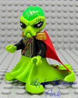 NEW Lego Alien Conquest COMMANDER Villan Minifig Minifigure w/Red Cape 7065