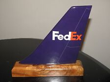 FED EX AIRPLANE MODEL WOOD DESK AIRLINE TAIL PILOT GIFT FATHERS DAY / CHRISTMAS!