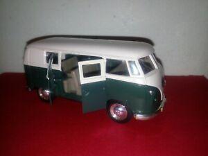 WELLY VOLKSWAGEN MICROBUS 1962 No. 9764 DIECAST CAR