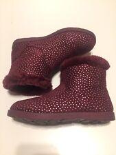 Cat And Jack Kids Girls Faux Fur Boots Foil Dots Burgundy Size 4(25 cm)