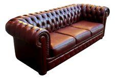 divano chesterfield capitonnè a tre posti anni 70 in pelle bordeaux mt. 2.30