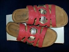 Natural Soul by Naturalizer Joliet Slide Sandals 7 M Red Smooth