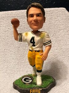 Vintage Forever Collectible Bobblehead Brett Favre Legends of the Field Limited