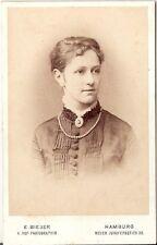 E. Bieber CDV Photo Donna Portrait-Amburgo 1870er