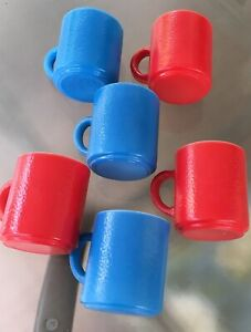 (6) Vintage  Pebble Textured 1950's Glass Handled Coffee Mugs Red & Blue