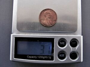1982 No Mint mark Copper Penny Small Date/ 3.1 Grams