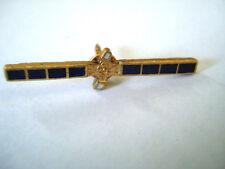 PINS RARE SATELLITE PANNEAU SOLAIRE ENERGIE RECHERCHE COMMUNICATION NASA SCIENCE