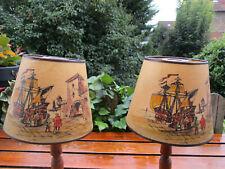 2 abat-jour anciens (1940) peints à la main sur un papier rigide, signés LD