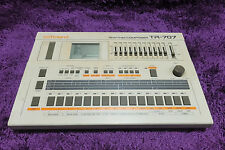 Roland TR-707 Rhythm Composer tr707 161027