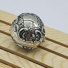 wunderschöne massive Pillendose Silber 800 punziert Kugelform