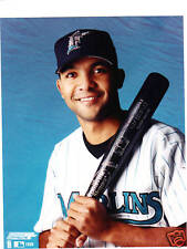 ALEX GONZALEZ Unsigned 8x10 Photo MARLINS