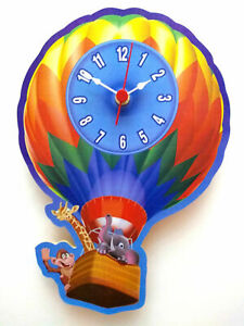 CHILDRENS CLOCK ZOO ANIMALS IN A FLYING BALLON HAND MADE WOODEN CLOCK NURSERY
