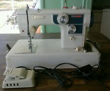 Vintage VTG 669SS Vouge Stitch Sewing Machine -  Made in Japan and Works Fine