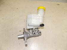 Ford KA 2 RU8 Hauptbremszylinder mit Bremsflüssigkeitsbehälter 32069666