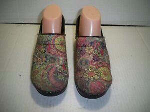 Sanita Women's Fabric Floral Print Clogs Size 7.5/8 M US Eur 38