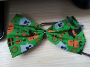 NEW HALLOWEEN DOG BOW TIE, UN-SEWN, JUST TIE TO YOUR OWN COLLAR. SIZE  XL(1)
