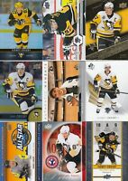 SIDNEY CROSBY  a lot of 9 DIFFERENTS CARDS INSERTS  LOT 77    near mint    a