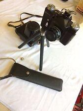 Zenit - e Spiegelreflex Kamera inkl. Stativ Blitzlicht SL3 und orig. Ledertasche