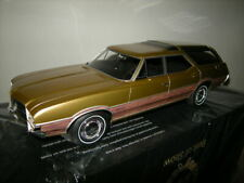1:18 BOS Oldsmobile Vista Cruiser gold 1971 Nr. BOS351 in OVP Limited Edition