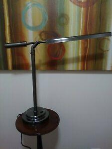 OttLite T59BNR Vero Table Lamp Desk Lamp
