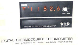 Doric Digital Thermocouple Thermometer Model DS-100-T3D Owner's Manual