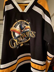 Guinness Hockey Jersey Green & Black Officially Licensed 1759 Beer Patch Size XL