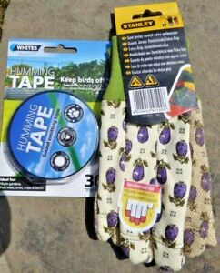 Stanley womens Gardening gloves size small & Free whites humming bird scare tape